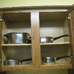 pots and pans provided in room