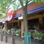 Dining at Kelsey's is like dining outdoors with tables facing the busy Clifton Hill Street.