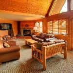 Living Room in Bridal Veil Suite