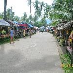 street market leading to jump-off point to Apo Island