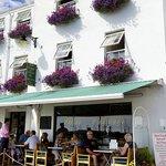 Foto de Bon Viveur Restaurant