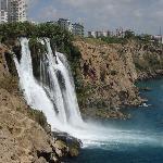 Impressionnante chute d'eau d'Antalya