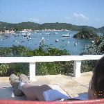 Esta es la vista que teniamos desde la piscina y donde tambien se servía el desayuno, imaginen c