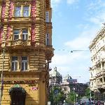 Boa localização, quase no topo da Praça Wenceslau e Museu Nacional