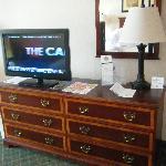 TV/Dresser Area
