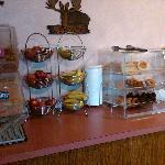 Breakfast offerings at Days Hotel