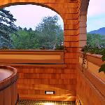 Arden Private Outdoor hot tub