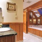 Arden Bathroom