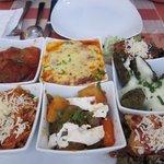 Foto van Irodion Garden Restaurant
