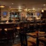 Full Service Bar