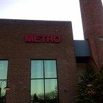 The Award-Winning Metro Bar & Grill