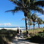 5 minutes to the beach - great location!