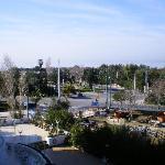 Blick vom Balkon auf Straße