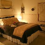 Rock Creek B&B queen bedroom with private bath