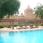 The outdoor pool with the palace as the backdrop !!