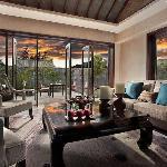 Pullman Lijiang - Deluxe Villa 1-bedroom - Living Room