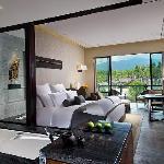 Pullman Lijiang Deluxe Hotel Room