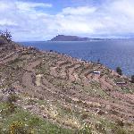 Vista de Amantani desde Taquile.