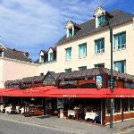 Façade Hôtel-restaurant Le Querrien