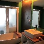 The awesome bathroom!