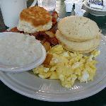 Morning Eye Opener breakfast at Gatlinburger Grill