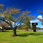 Distinction Te Anau Hotel & Villas - Lake Front Drive