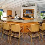 Lake House Bar