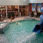 Canad Inns Pool Fort Garry