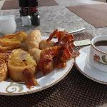 breakfast..MMMmmmm delicious!!!