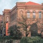 Entrada principal al Museo