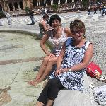 Ofcourse some sight seeing at the Plaza de España, cooling our feet