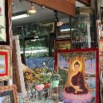 burmese gem art, made with precious & semi precious stones:  bogyoke market