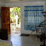 Zimmer vom Bad Richtung Eingang gesehen.