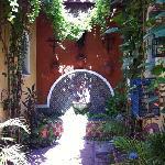 las dos habitaciones del Jardín. tranquilas, independientes y muy espaciosas.