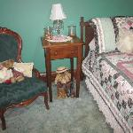 Heirloom Suite - Daybed