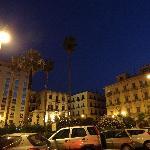 Place Florio, le soir