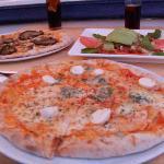 pizzas + ensalada