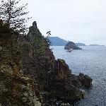 鎧岩の対岸から見た景色