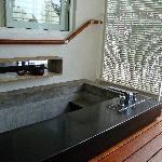 Outdoor plunge pool/bath tub