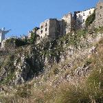 Il Redentore ed i ruderi del Castello