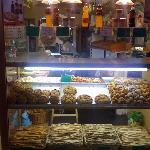 Sotto Ripa - vicinissimo a Hotel Veronese: cose buone tipiche genovesi...farinate, fritture mmmh