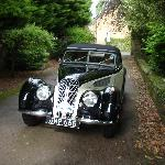 The Mayors Choice, 1939 BMW Coupe, arriving at East Ayton Lodge