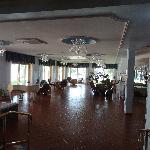 Grande salle face au bar