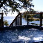 Clifftop Hot Tub