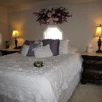 Top floor guest room 1