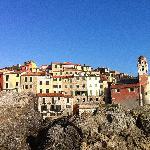 il Borgo dalla Scogliera