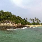 Approaching Bon Island