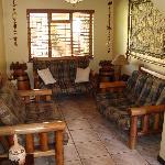 Pentzhaven Lounge