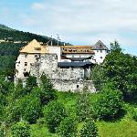 Die Sonnenburg oberhalb von St. Lorenzen