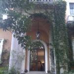 Villa Mangili entrance